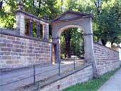 Alter Friedhof – unteres Tor