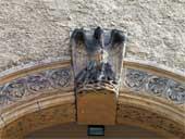 Christuskirche - Pelikan über dem Eingang